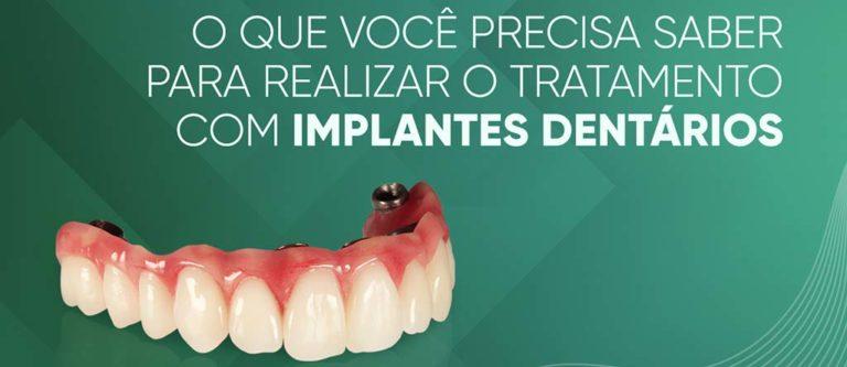 Tratamento com implantes dentários